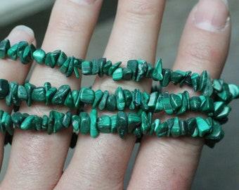 Malachite Gemstone Stretchy String Bracelet g135