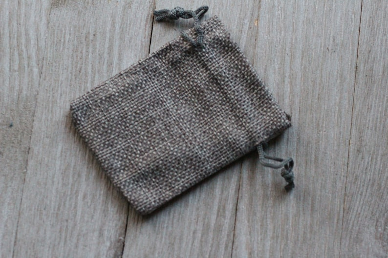 Grey Burlap Gift Gemstone Pouch 2.5 x 3.5 Inches V16c