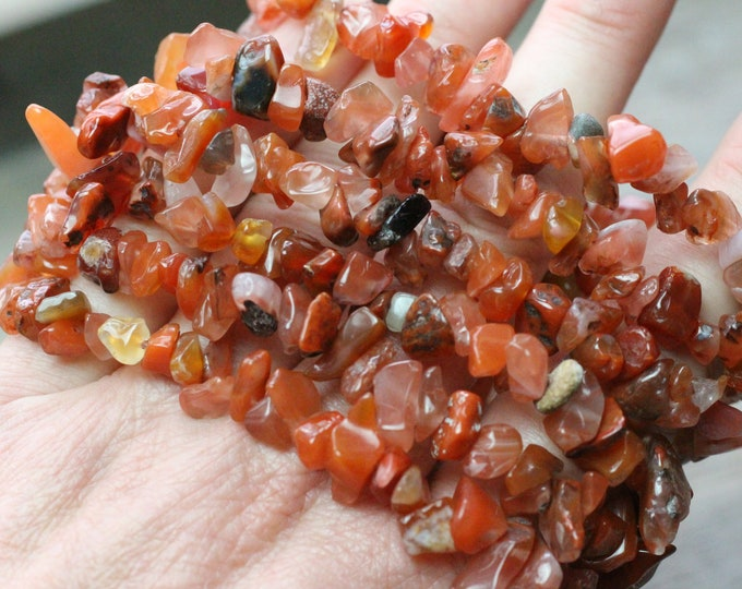 Featured listing image: Carnelian Chip Stretchy String Bracelet G116