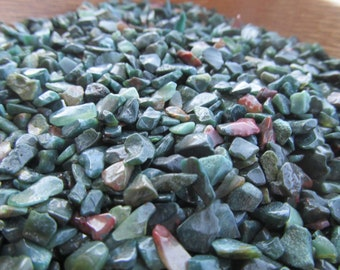 Mini Bloodstone Chip Tumbled Stone Small Bag T10