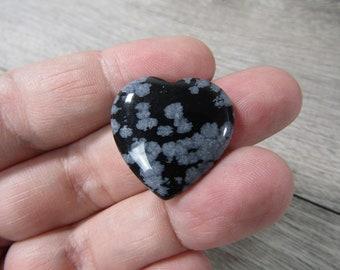 Snowflake Obsidian Flat Heart K436