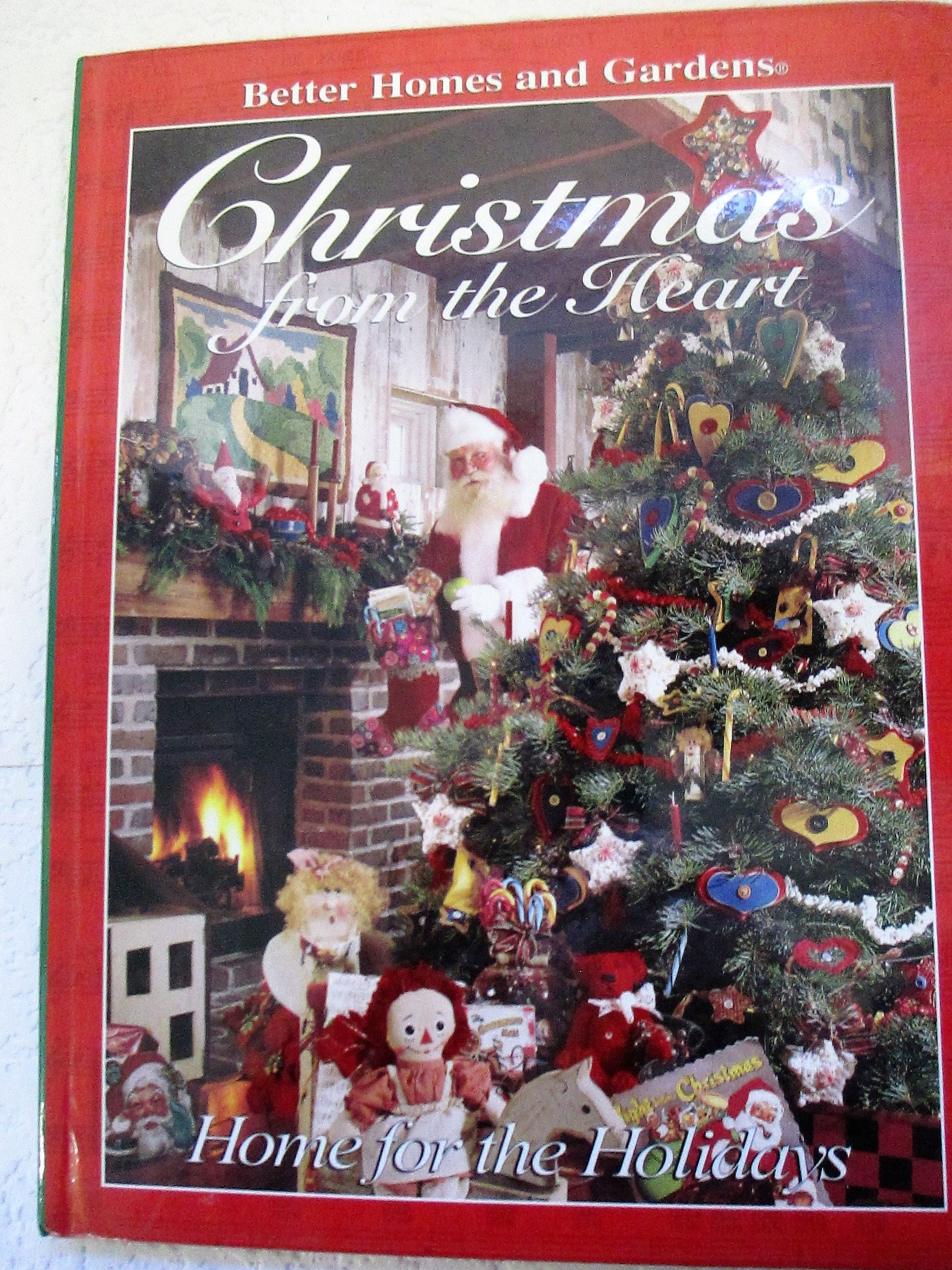Diy Christmas From the Heart craft book Better Homes and
