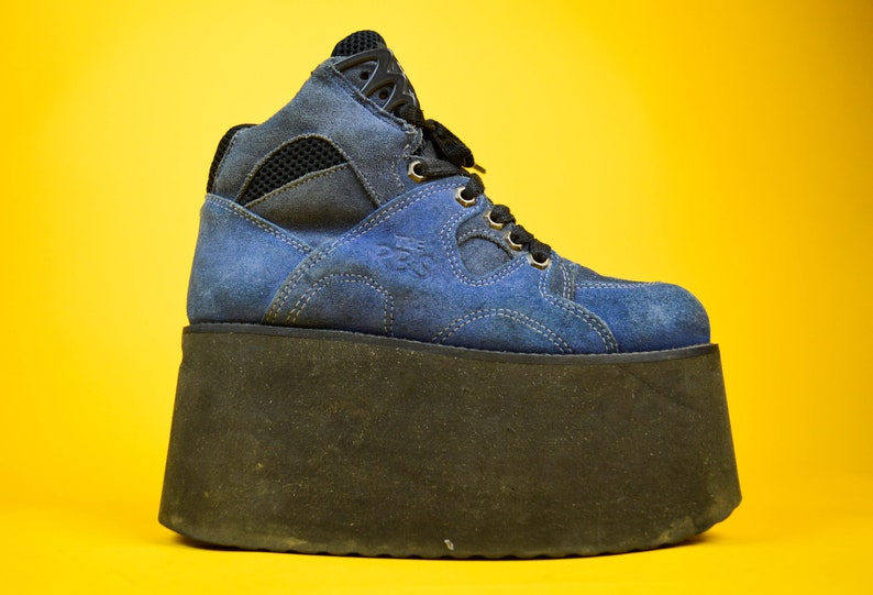 aa6497aa6756a 90s Y2k Roobins Blue Suede Platform Sneakers Trainers UK 5 / US 7.5 / EU 38