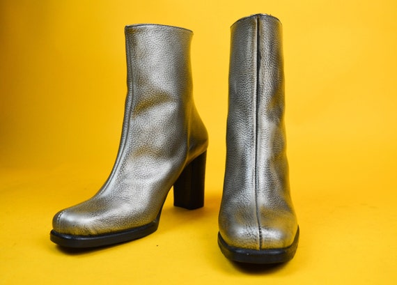5f310319fd2a3 90s El Dantes Silver Leather Square Toe Ankle Boots UK 4   US