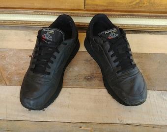 380a229f5 Classic Black all leather vintage Unisex Reebok Running Shoe - Men s 9.5
