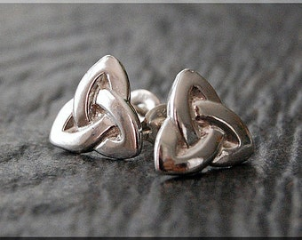 Celtic Trinity Knot Earrings. Sterling Silver Post Earrings, Celtic Earrings, Handmade sterling silver post earrings, Silver earrings