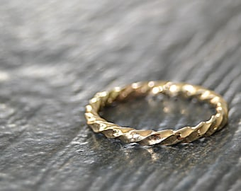 Thick 14k Gold Filled Twisted Ring, Stacking Ring, Thick Gold Rope Stacking Ring, twisted ring, Rope texture ring, Handmade Gold Filled Band