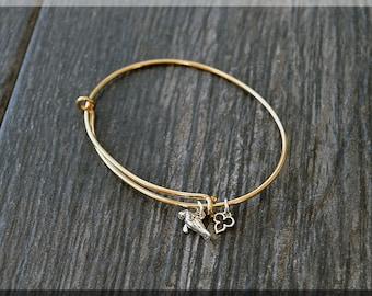 14k Gold Filled Manatee Expandable Bangle Bracelet, Adjustable Bangle, Mixed Metal Ocean Animal Charm Bracelet, Manatee Charm Jewelry