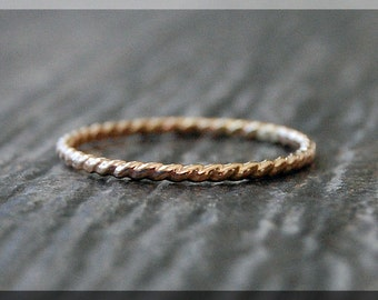 Thin Gold Filled Twisted Ring, 14k gold filled stacking ring, Gold Rope Stacking Ring, Twist texture ring, Dainty stacking ring, gold ring