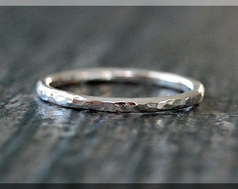 Hammered Sterling Silver Ring, Simple Stacking Ring, Dainty Sterling Ring, Stackable Sterling Silver Ring, Hammered Stacking ring