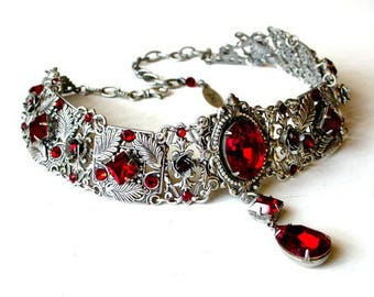 Red Gothic Choker - Gothic Jewelry - Victorian Swarovski Bridal Choker - Bridal Necklace - Red Wedding Necklace - Red Wedding Jewelry
