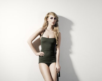 Vintage style bathing suit with belt