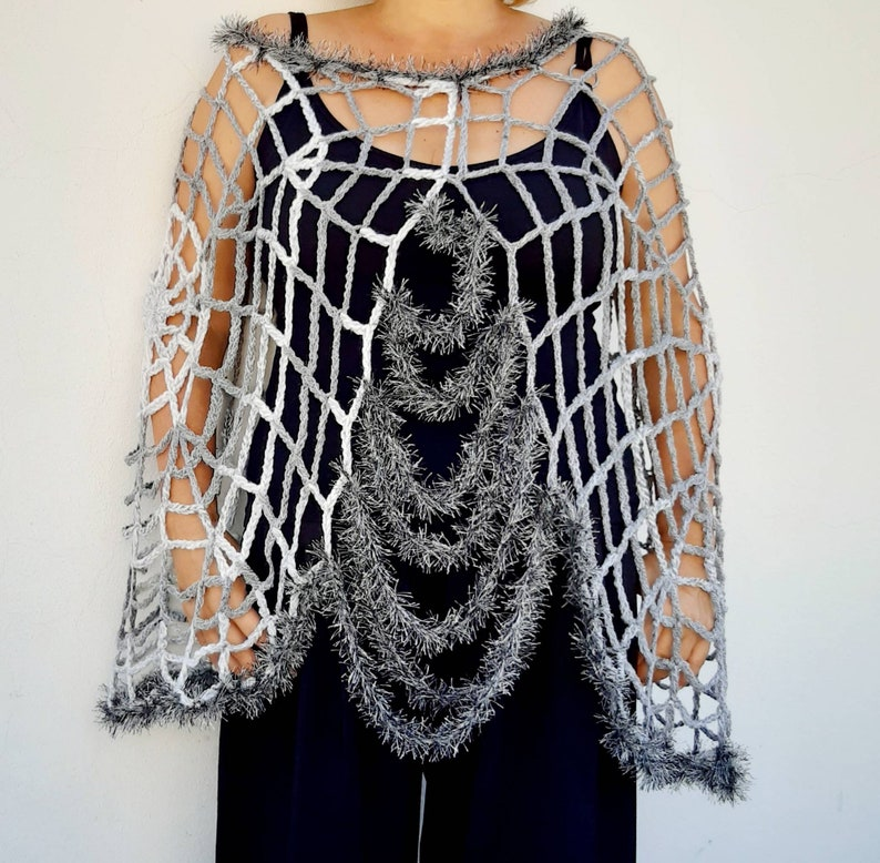Halloween Costume Women Gray Spider Web Poncho Cape Spider Woman Halloween Spiderweb Clothes Halloween Clothing Witch Cosplay Costume