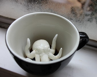 Cthulhu Mug by CREATURE CUPS | Hidden Animal Cup | HP Lovecraft Black Ceramic Mug | Holiday and Birthday Gift for Coffee & Tea Lovers
