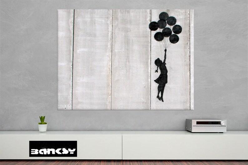 Banksy  BALLOON STREETART Canvas Print image 0