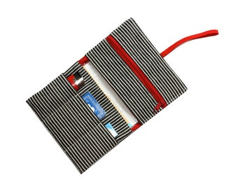 tobacco pouch black stripes in red