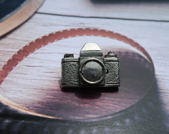 Camera Lapel Pin Badge In British Pewter Gifts For Him