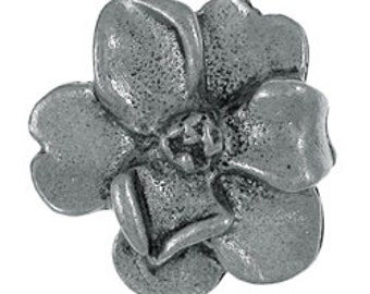Magnolia Lapel Pin - CC543- Flower and Garden Gifts- Flower Pins for Gardeners