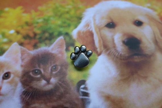 Paw Print Lapel Pin - CC269- Pins for Pet Lovers- Dog Paw Pin- Cat Paw Pin
