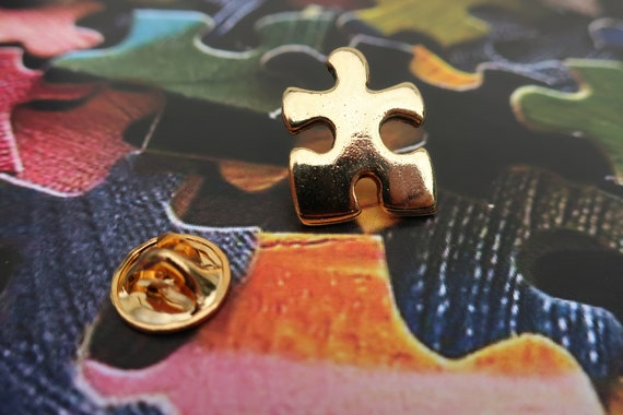 Pin CC372G Puzzle Piece Jigsaw Puzzle
