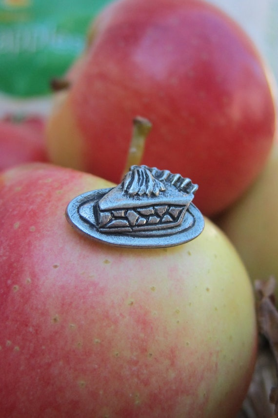 Jim Clift Design Apple Lapel Pin
