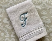 Personalized Script Wash Cloth WC002SC // Graduation Gift // Monogrammed // Wedding Gift // Housewarming // College