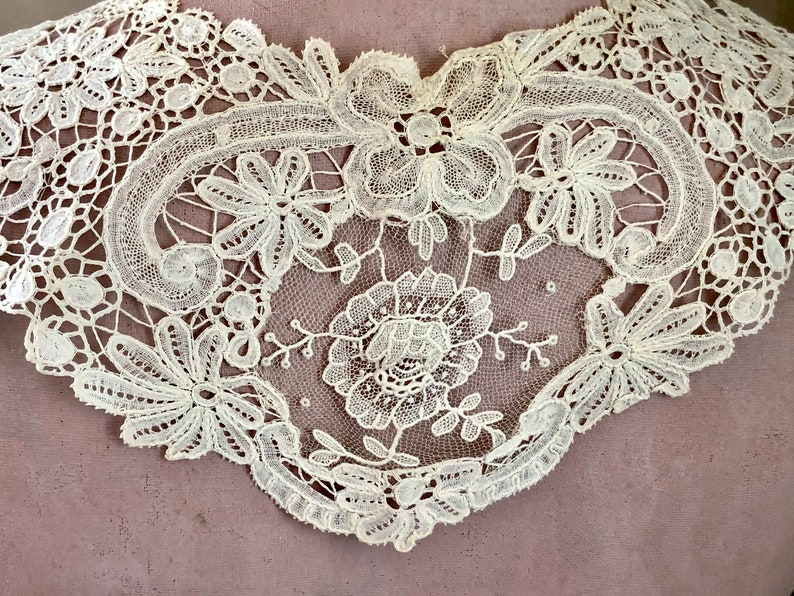 Antique Lace Collar Handmade Bobbin and Needle Lace Lace Long Collar with Leaves and Flowers Motifs Wedding Heirloom Accessory for the Bride