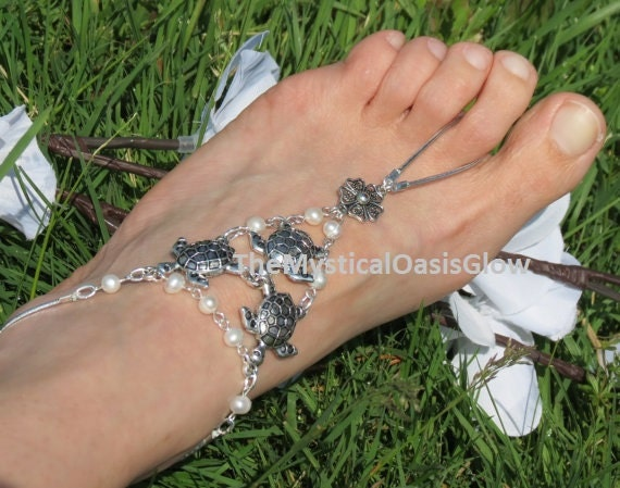 ivory sandals turtle wedding sandals anklet 2PCS pearl shoes ring toe barefoot foot wedding Ivory beach wedding beach jewelry barefoot 6FP5qWECxw