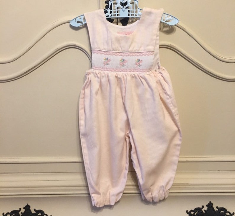 eb996f2e332c Sz 9 mo House of Hatten Smocked Overalls