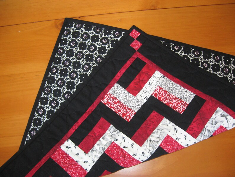 White /& Red Gray Black Quilted Table Topper 3-Rail Blocks  FREE SHIPPING