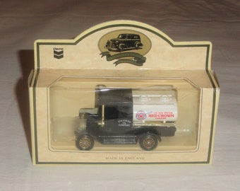 526efa02e8 Lledo Made In England RED CROWN GASOLINE Standard Oil Company Die Cast  Metal Collectible Toy Truck Vehicle Boxed