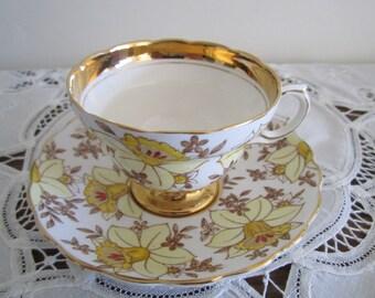 Rosina English Bone China ~ Cup and Saucer set ~  Daffodil pattern 4970 ~ English Bone China ~