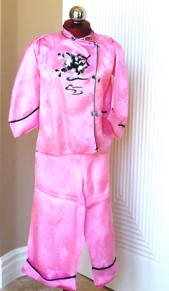 Japanese Pink Silk Embroidery Pajama Loungewear S… - image 4