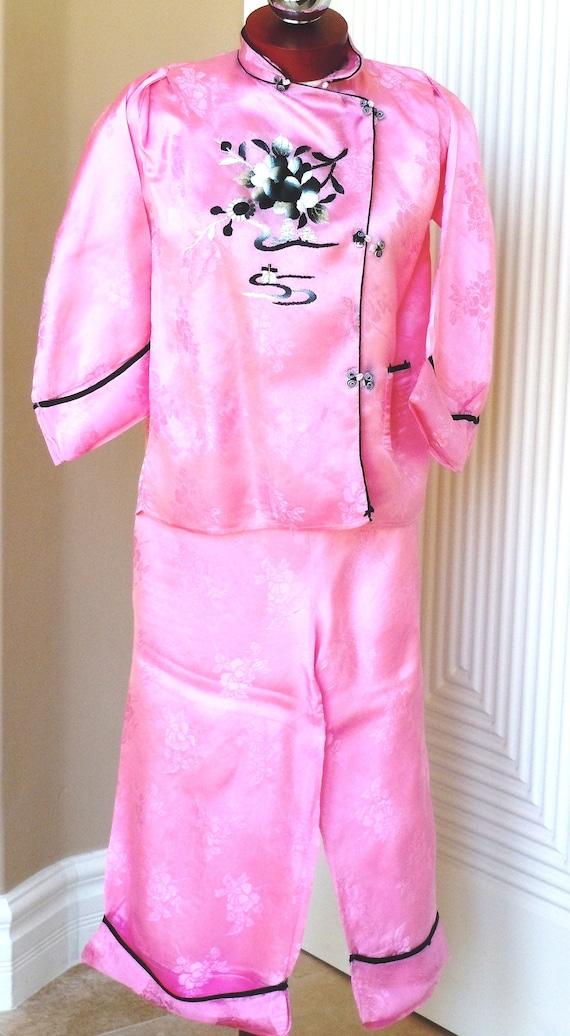 Japanese Pink Silk Embroidery Pajama Loungewear S… - image 2