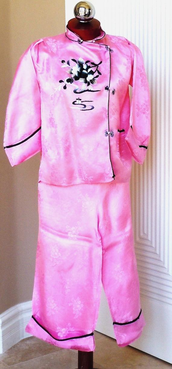 Japanese Pink Silk Embroidery Pajama Loungewear S… - image 6