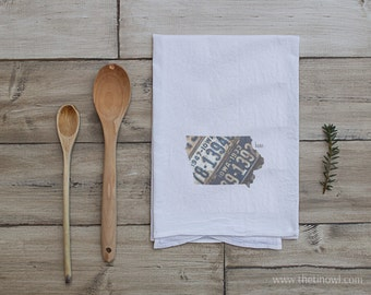 Iowa Home Tea Towel | Vintage License Plate Art | Iowa State Outline Art | Kitchen Decor