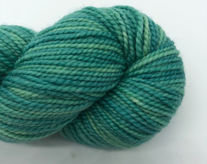 Koigu kpm 2355, fingering weight yarn, green merino wool yarn