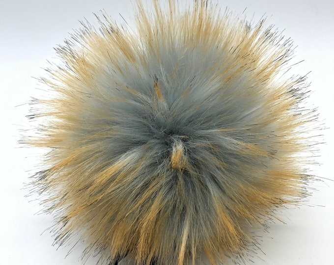 "Aheadhunter faux fur Pom Pom - Premium ""Raccoon"" Pom Pom - cream - hat topper - knit crochet supplies"