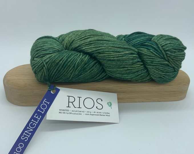 Malabrigo Rios Yarn + Hat Knitting Pattern - Worsted- 100% Merino Wool - Green - no dye lot