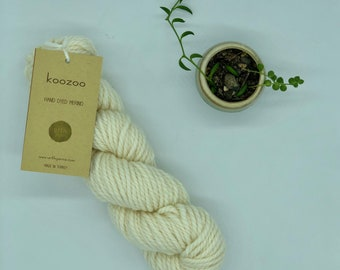 URTH Koozoo Yarn, Super Bulky Weight, 100% Merino Wool, Cream merino wool