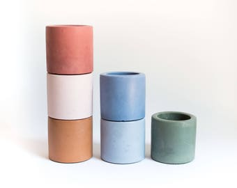 Single Colour Small Concrete Vessel