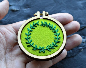 mini hoop embroidery pattern, elven costume, hand embroidery, hoop art pattern, botanical pattern, beginner embroidery, modern plant