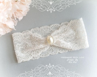 Ivory French Lace Garter  f3847919d