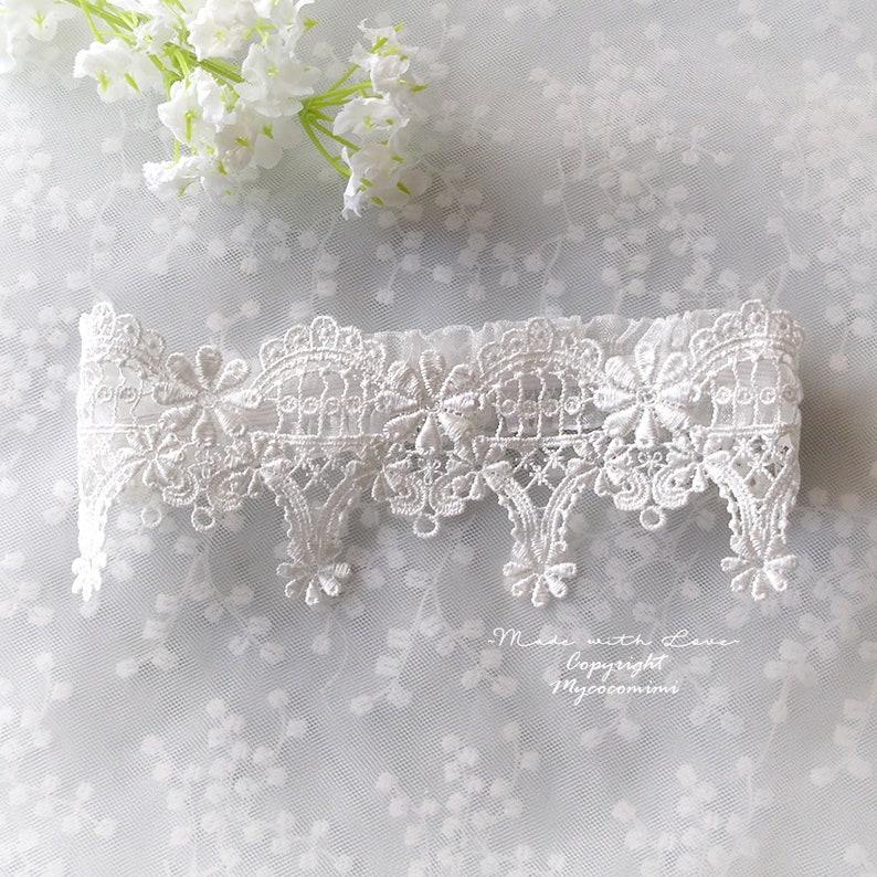 Bridal Lingerie Wedding Honeymoon Keepsake Toss Luxury Wedding garter Simple Elegance Luxury White Lace Garter