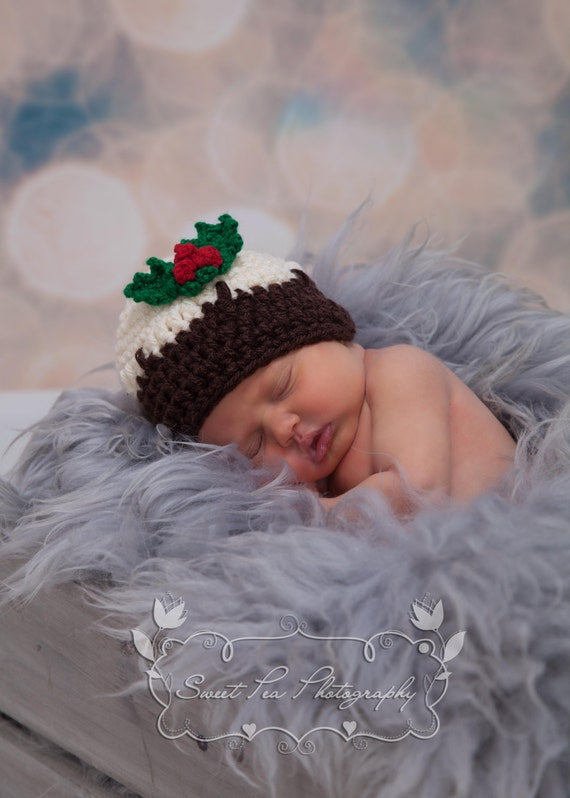 5b5a07ff019 Crochet Christmas Pudding Hat   Holly and Berries Trim
