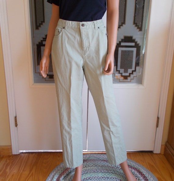 Size 12 Sage Green 100/% Cotton High Waisted Pants Women/'s Vintage Bill Blass Easy Fit Jeans Vintage Gift Item