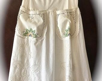 French Country, Sweet Vanilla Eyelet Tudor Skirt Size  L/XL