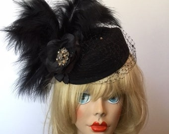 Hat-small black hat, black feathers, net. Perfect for Derby or The Oaks, Easter, Tea party, Kentucky Derby, Couture, HAT