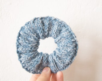 Scrunchie in pastel blue, hand-knitted wool, light blue, cuddly accessories, hair rubber, hair accessories