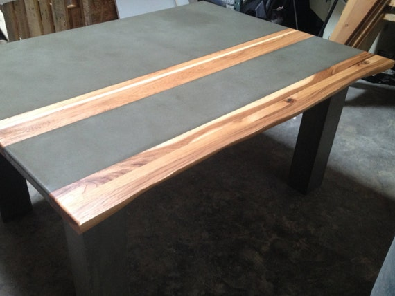 Beton Tafel Maken : Betonnen tafel met hout inlay etsy
